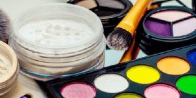 Kosmetik Untuk Pemula Yang Bisa Dibeli Di Grosir Produk Kecantikan
